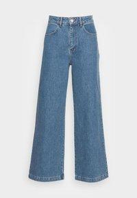 JUST FEMALE - CALM - Široké džíny - light blue - 3