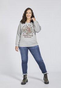 SPG Woman - Sweater - grey - 1