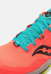 Saucony - PEREGRINE 10 - Běžecké boty do terénu - vizired/citron - 5