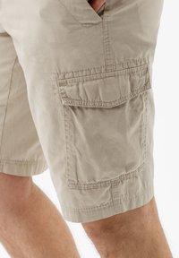 BRAX - STYLE BRAZIL - Shorts - beige - 4
