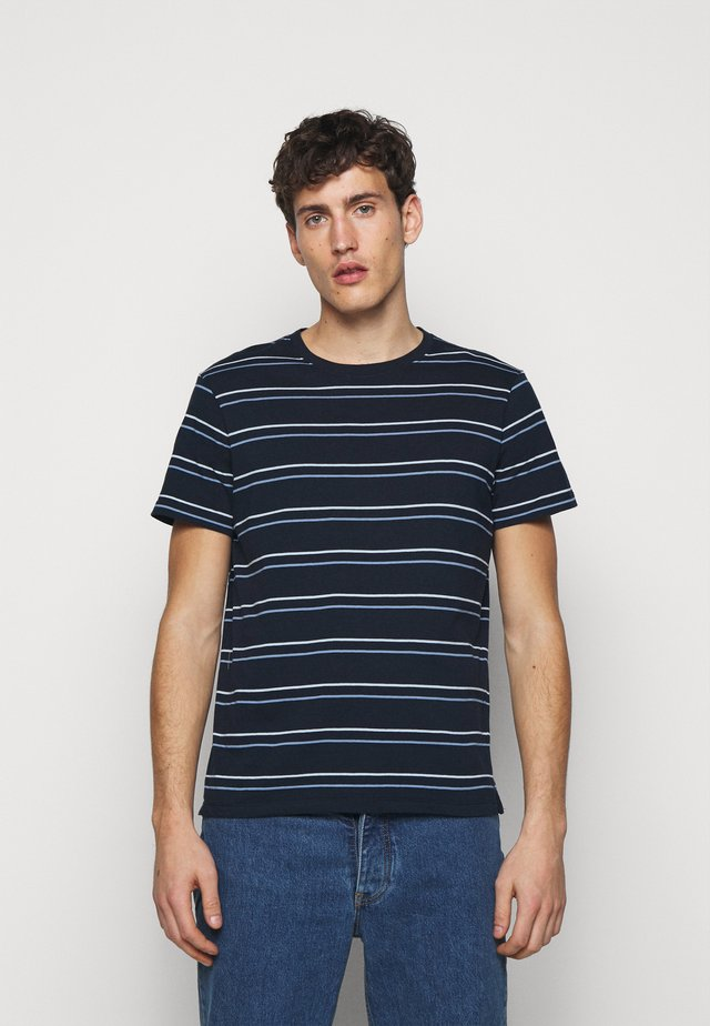 STRIPE TEE - Print T-shirt - navy multi