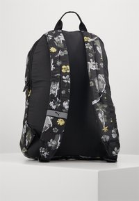 Puma - CORE SEASONAL DAYPACK - Zaino - black - 2