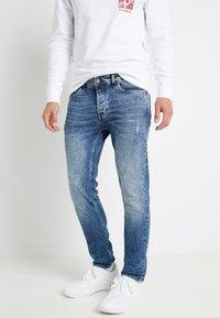 Only & Sons - ONSLOOM  LIFE CARD - Slim fit jeans - blue denim - 0