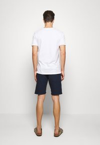 Lindbergh - Short - dark blue - 2