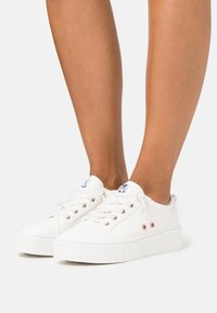 Roxy - SHEILAHH - Baskets basses - white - 0