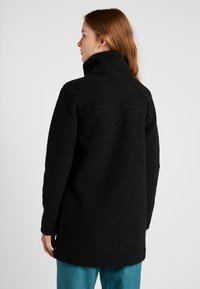 Columbia - PANORAMA LONG JACKET - Forro polar - black - 2