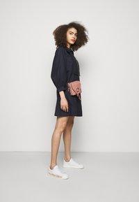 See by Chloé - JOAN Joan camera bag - Across body bag - dawn rose - 0