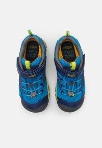 Keen - CHANDLER CNX - Hiking shoes - brilliant blue/blue depths - 3