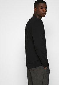 Abercrombie & Fitch - ICON CREW - Sweatshirt - black - 4