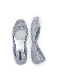 Melissa - CAMPANA PAPEL - Ballet pumps - silver glitter - 2