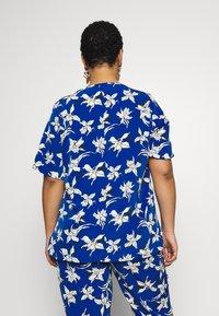 Persona by Marina Rinaldi - BARONE - Print T-shirt - bluette - 2