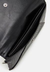 ALDO - ELIZABETA - Wallet - jet black/silver-coloured - 2