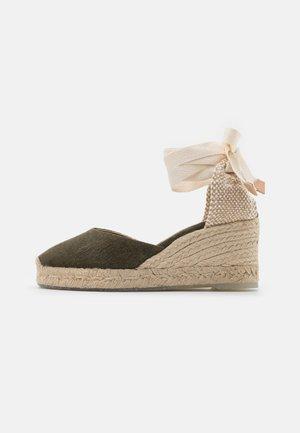 CARINA  - Platform sandals - verde musgo