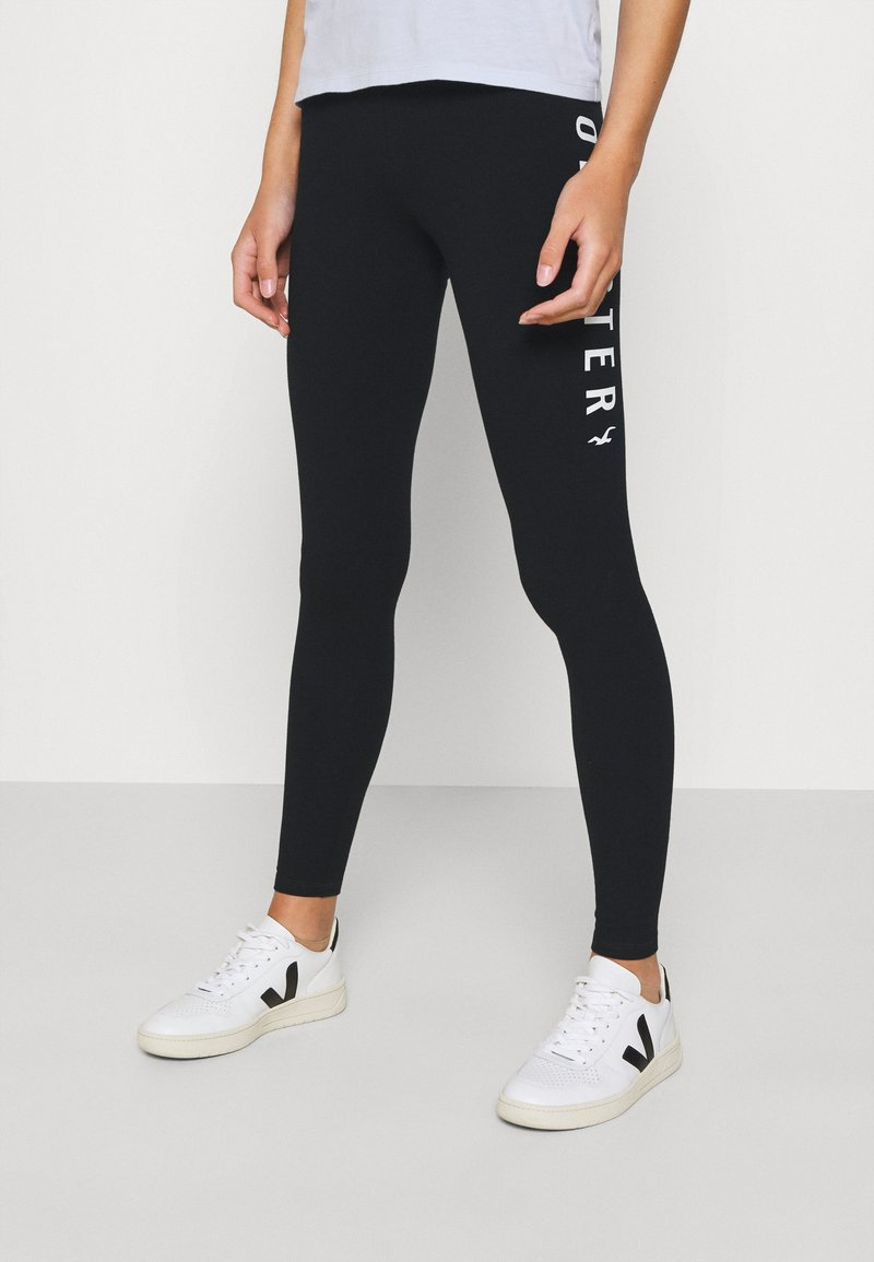 Hollister Co. - GRAPHIC - Legginsy - black