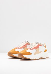 Scotch & Soda - CELEST - Sneakers laag - white/pink/multicolor - 4
