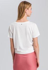 Marc Aurel - Print T-shirt - off white varied - 2