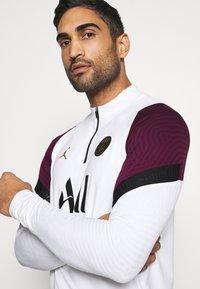 Nike Performance - PARIS ST GERMAIN DRY DRIL CL - Club wear - white/bordeaux/black/truly gold - 3