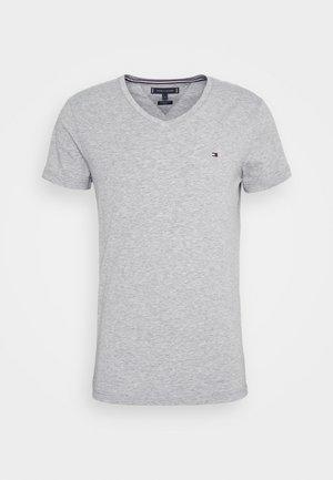 STRETCH V NECK TEE - Jednoduché triko - medium grey heather