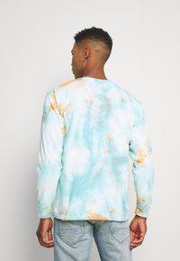 Edwin - JAPANESE SUN - Maglietta a manica lunga - blue/cantaloupe - 2