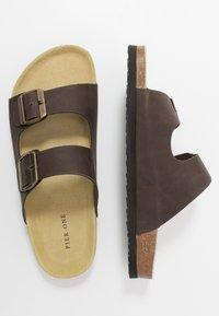 Pier One - UNISEX - Pantoffels - brown - 1