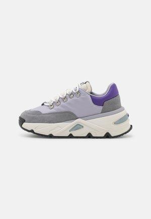 S-HERBY TREK - Matalavartiset tennarit - soft purple