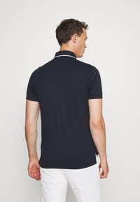 Tommy Hilfiger - SOPHISTICATED SLIM  - Polo - blue - 2
