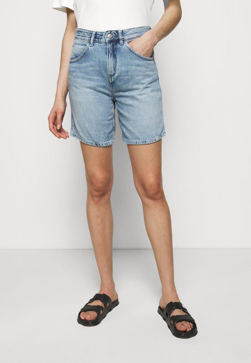 DRYKORN - CABA - Denim shorts - blau