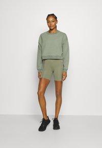 Cotton On Body - SCALLOP HEM BIKE - Medias - basil green - 1