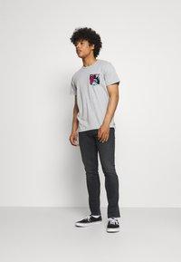 Tommy Jeans - SCANTON SLIM - Slim fit -farkut - black denim - 1