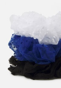 Pieces - PCSAWYER OVERSIZED SCRUNCHIE 3 PACK - Hair Styling Accessory - black/navy/white - 1