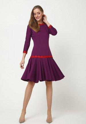 SAMARA - Day dress - lila