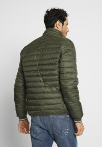 Esprit - THINS - Lehká bunda - khaki green - 2