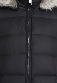 Tommy Hilfiger - TYRA MAXI - Down coat - black - 6