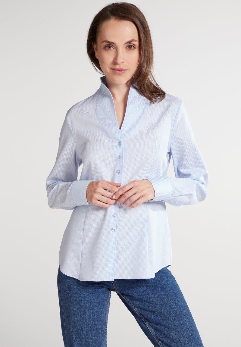 Eterna - MODERN CLASSIC REGULAR FIT - Button-down blouse - hellblau