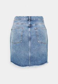 Even&Odd Curvy - Minifalda - light blue denim - 1