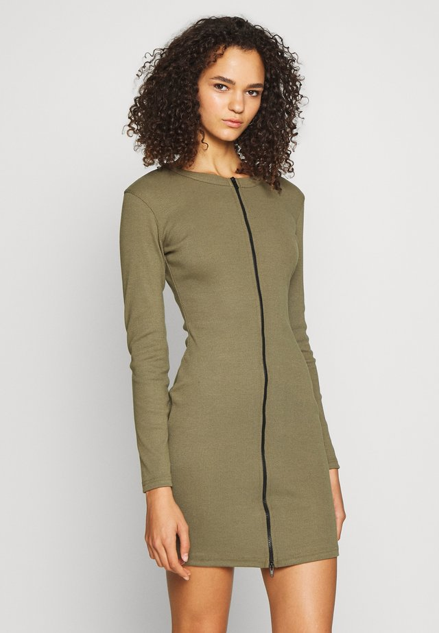 CONTRAST ZIP MINI DRESS - Trikoomekko - khaki