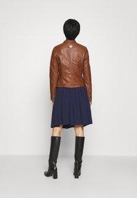 Freaky Nation - NEW TULA - Leather jacket - cognac - 2