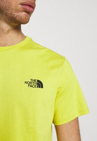 The North Face - MENS SIMPLE DOME TEE - T-shirt basic - citronellegreen - 5