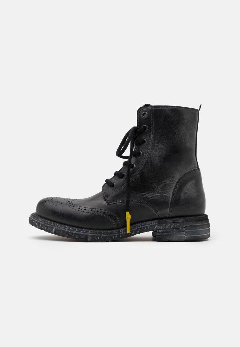 Yellow Cab - UTAH - Šněrovací kotníkové boty - black