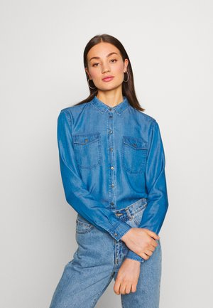 OBJLANIE SHIRT NOOS - Button-down blouse - medium blue denim
