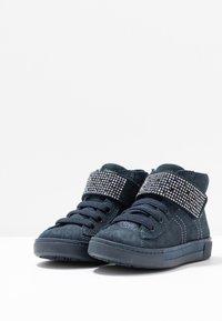 Primigi - Sneakersy wysokie - notte - 2