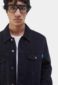 Bershka - Denim jacket - black - 3
