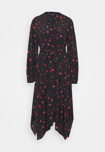 DOTTY FLORAL DRESS