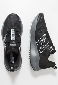 New Balance - NITREL V4 - Trail running shoes - black - 1