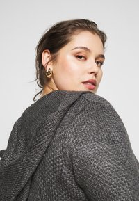 Anna Field Curvy - Cardigan - mottled dark grey - 3