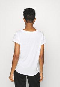 Roxy - LIKE I DO - Print T-shirt - snow white - 2