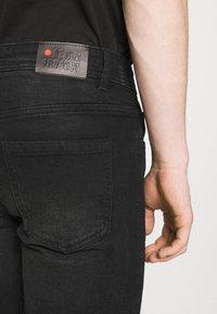 Denim Project - MR ORANGE - Jeans Short / cowboy shorts - black washed - 4