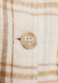 Cotton On - FULL SLEEVE WASHED SHACKET - Lett jakke - natural - 2