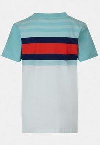 Guess - Print T-shirt - mehrfarbig, weiß - 1