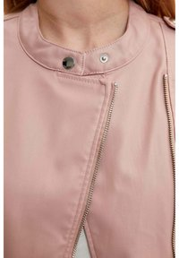 DeFacto - Giacca in similpelle - pink - 4